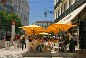 lisbon café, alto district_imf