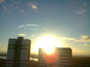 amanhecer dourado em no parque dos cajueiros governador valadares  __  Aracaju, by alf