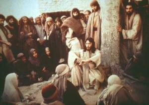 jesus entre fieis